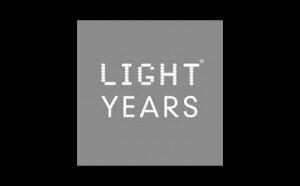 LIGHT YEARS ブランドロゴ